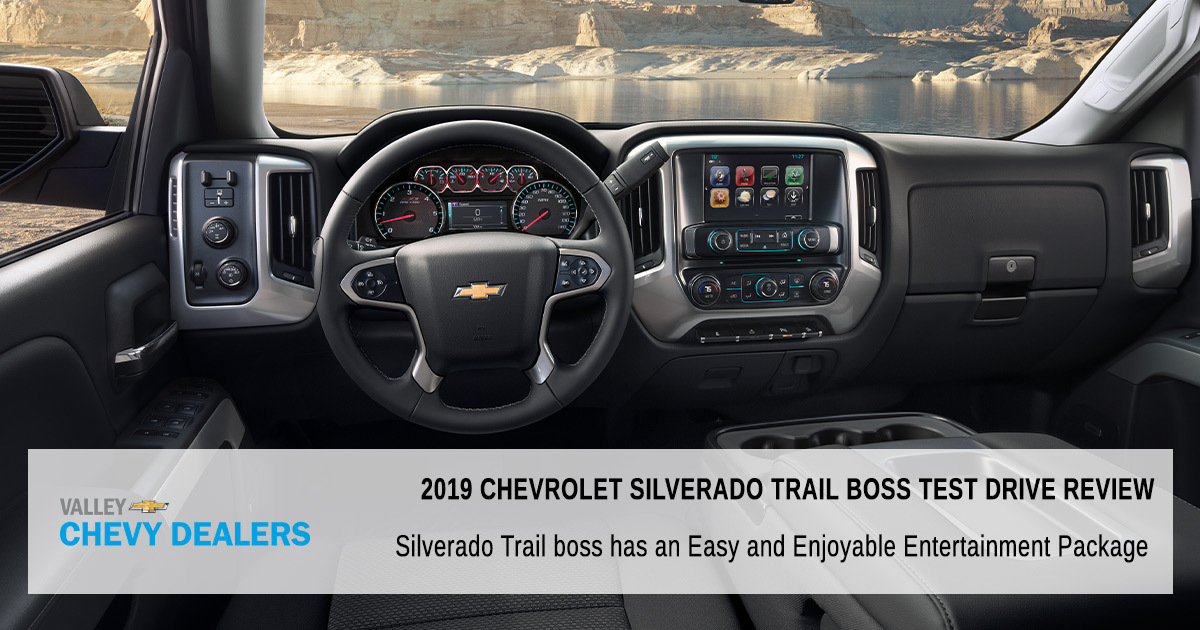 Silverado-Trail-boss-has-an-Easy-and-Enjoyable-Entertainment-Package