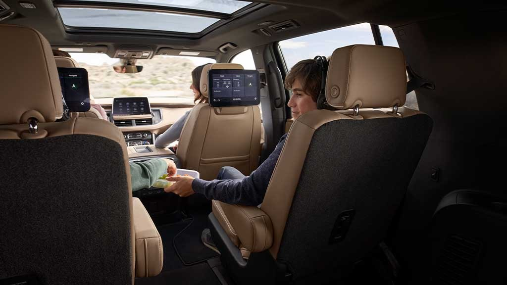 gallery-2021-suburban-interior-view-from-back-seats