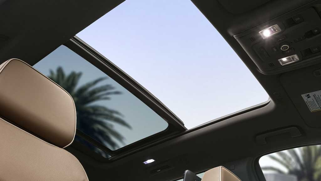 gallery-2021-suburban-sunroof-view
