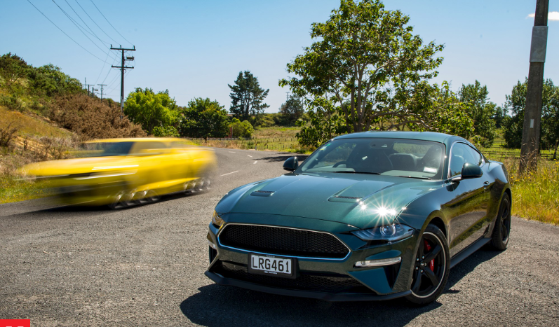 Camero vs Mustang Muscle 12