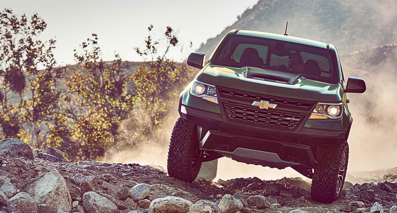Valley Chevy - Man Buying New Chevrolet Vehicle: Colorado