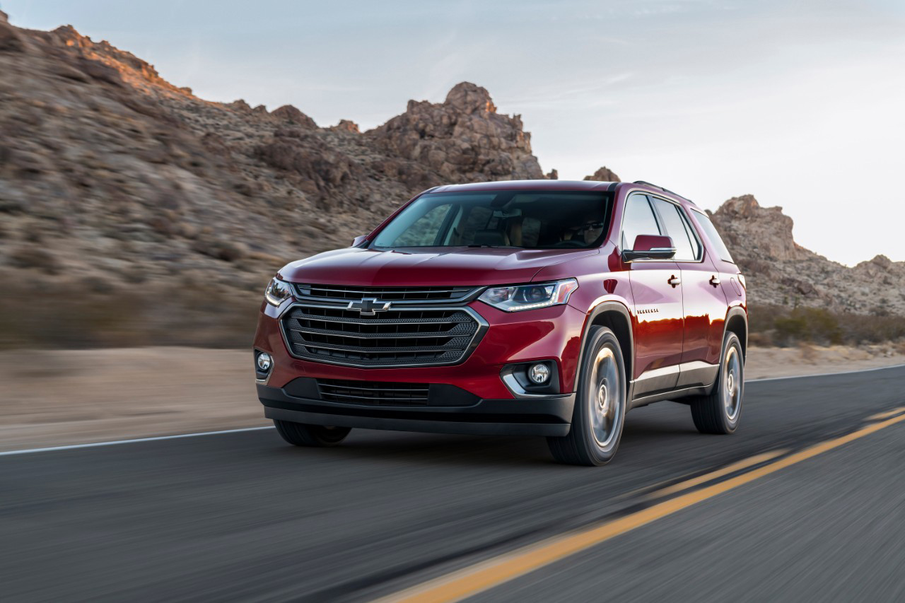 Valley Chevy - 2018 Chevrolet Traverse RS Turbo Driving on Road