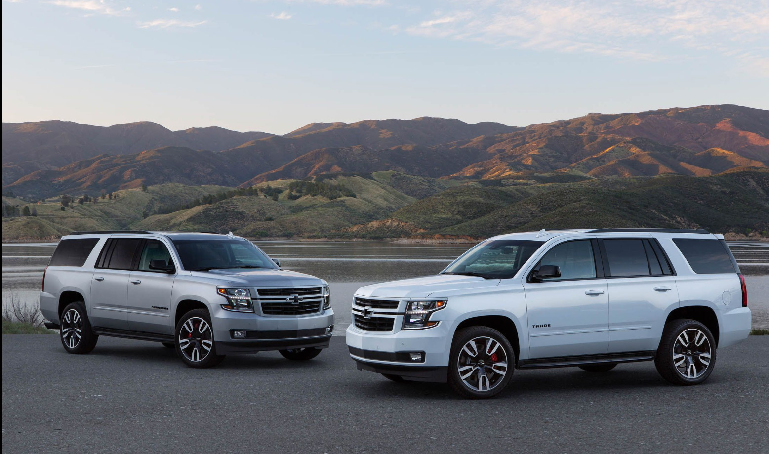 2019 Chevrolet Suburban Rst Pictures Amp Price Valley Chevy