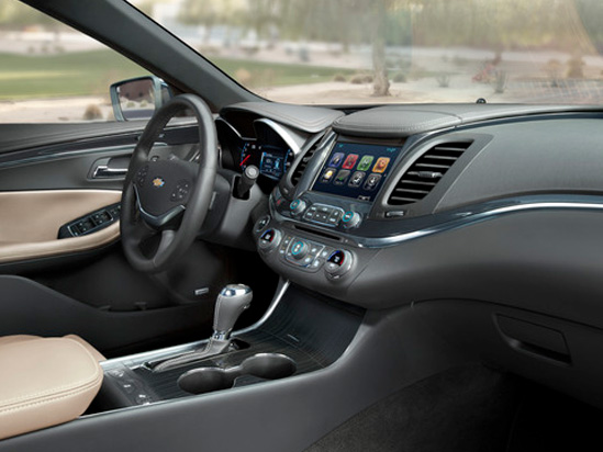 Valley Chevy in Phoenix: 2017 Chevrolet Malibu vs Impala - Which One Should I Buy? - Impala Driver's Console