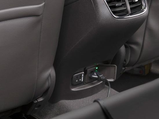 Valley Chevy in Phoenix: 2017 Chevrolet Malibu vs Impala - Which One Should I Buy? - Malibu Charging Ports